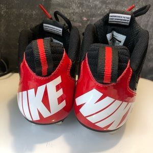 Nike Vapor Strike Cleats 442429-016 Red & Black